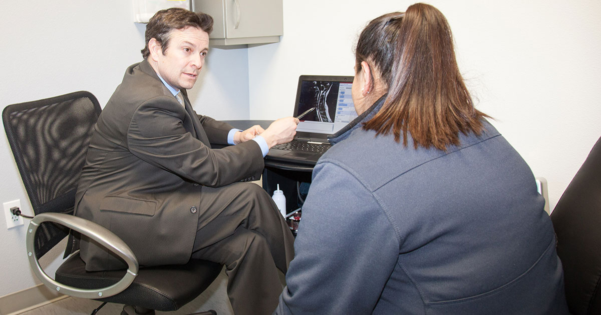 Dr Edward Perry Specializes In Minimally Invasive Spine